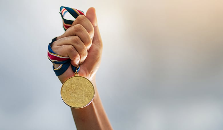 IOI et eJOI : les champions français de l'informatique obtiennent six médailles !