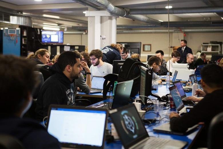 Prévu pour ouvrir ses portes d'ici la rentrée 2021 dans le quartier d'affaires de La Défense (92), le Campus Cyber accueillera de nombreux experts de la cybersécurité, à commencer par ceux de l'EPITA!