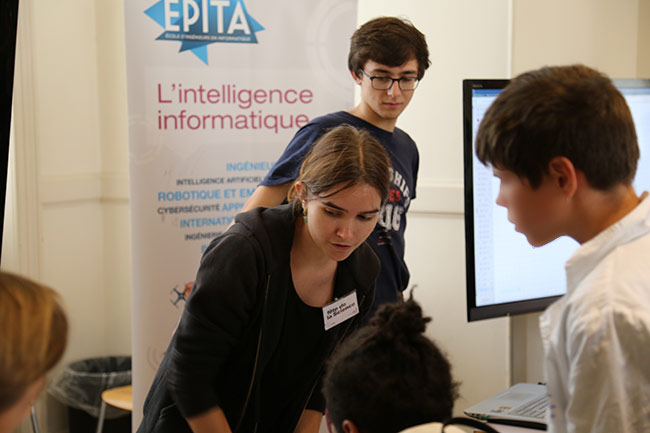 fete-de-la-science-2016-musee-cnam-arts-metiers-etudiants-epita-ingenieurs-rencontres-lyceens-association-prologin-informatique_01.jpg