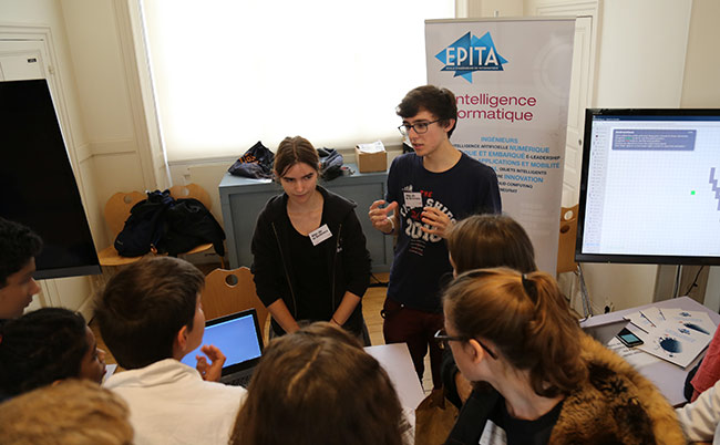fete-de-la-science-2016-musee-cnam-arts-metiers-etudiants-epita-ingenieurs-rencontres-lyceens-association-prologin-informatique_04.jpg
