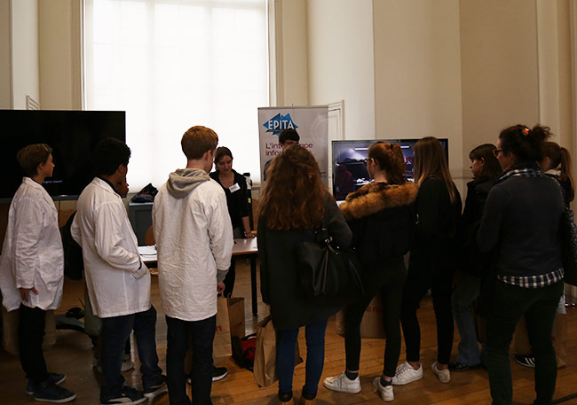 fete-de-la-science-2016-musee-cnam-arts-metiers-etudiants-epita-ingenieurs-rencontres-lyceens-association-prologin-informatique_05.jpg
