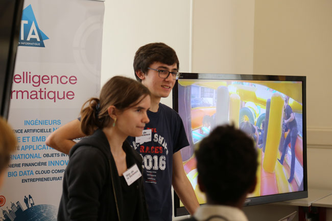 fete-de-la-science-2016-musee-cnam-arts-metiers-etudiants-epita-ingenieurs-rencontres-lyceens-association-prologin-informatique_07.jpg