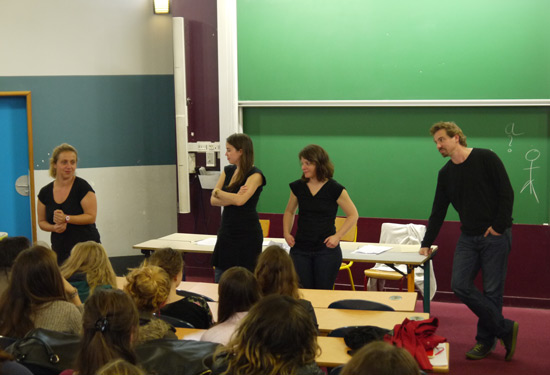 filles_mathematiques_equation_lumineuse_journee_collegiennes_lyceennes_epita_02.jpg