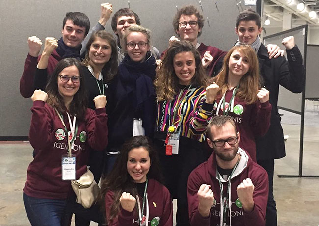 medaille_or_equipe_etudiants_igem_ionis_2017_competition_international_projet_innovant_biologie_synthese_epita_e-artsup_supbiotech_softer_shock_01.jpg